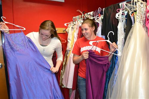 Sisterhood Of The Traveling Prom Dresses Giving Back This Spring